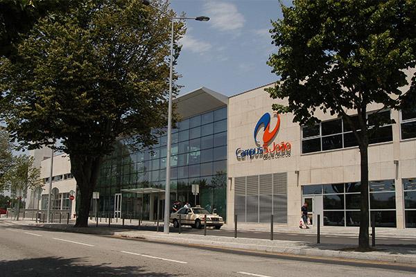 Mundicenter no centro da vida - Galeria comercial ...