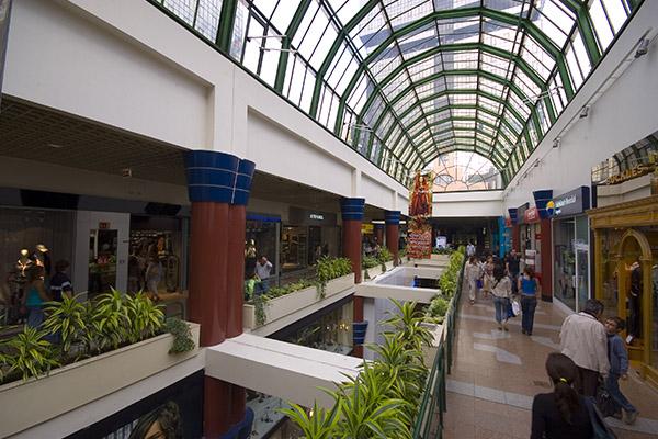 Amoreiras shopping centre